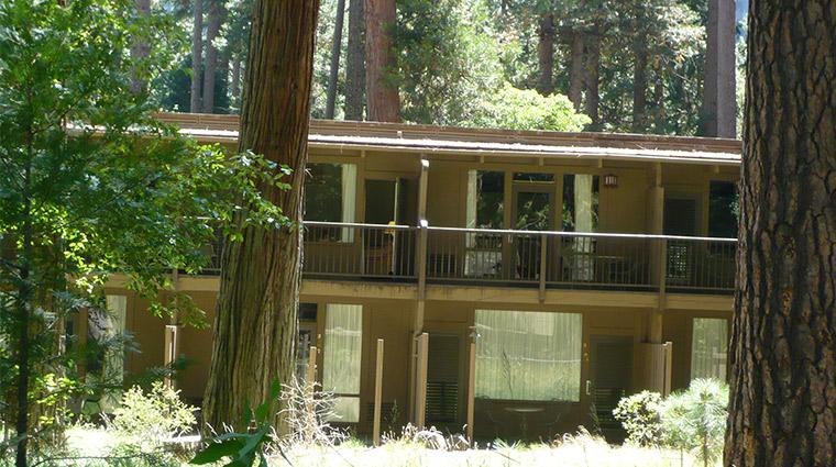 Yosemite-Valley-Lodge-3-Yosemite-Mariposa-Lodging-Slide-