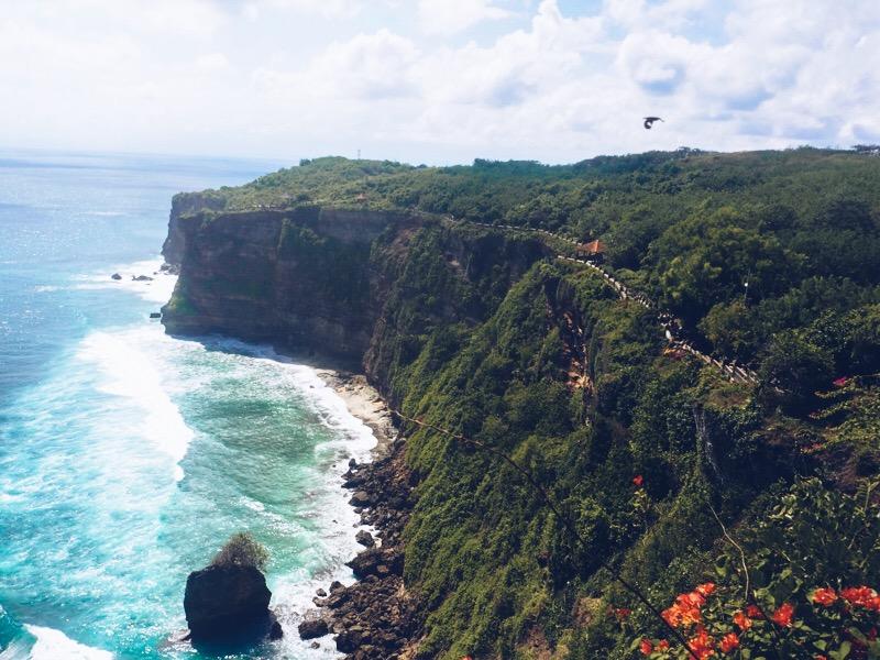 Travel Misadventures: Bali - Monkey's at Uluwatu Temple