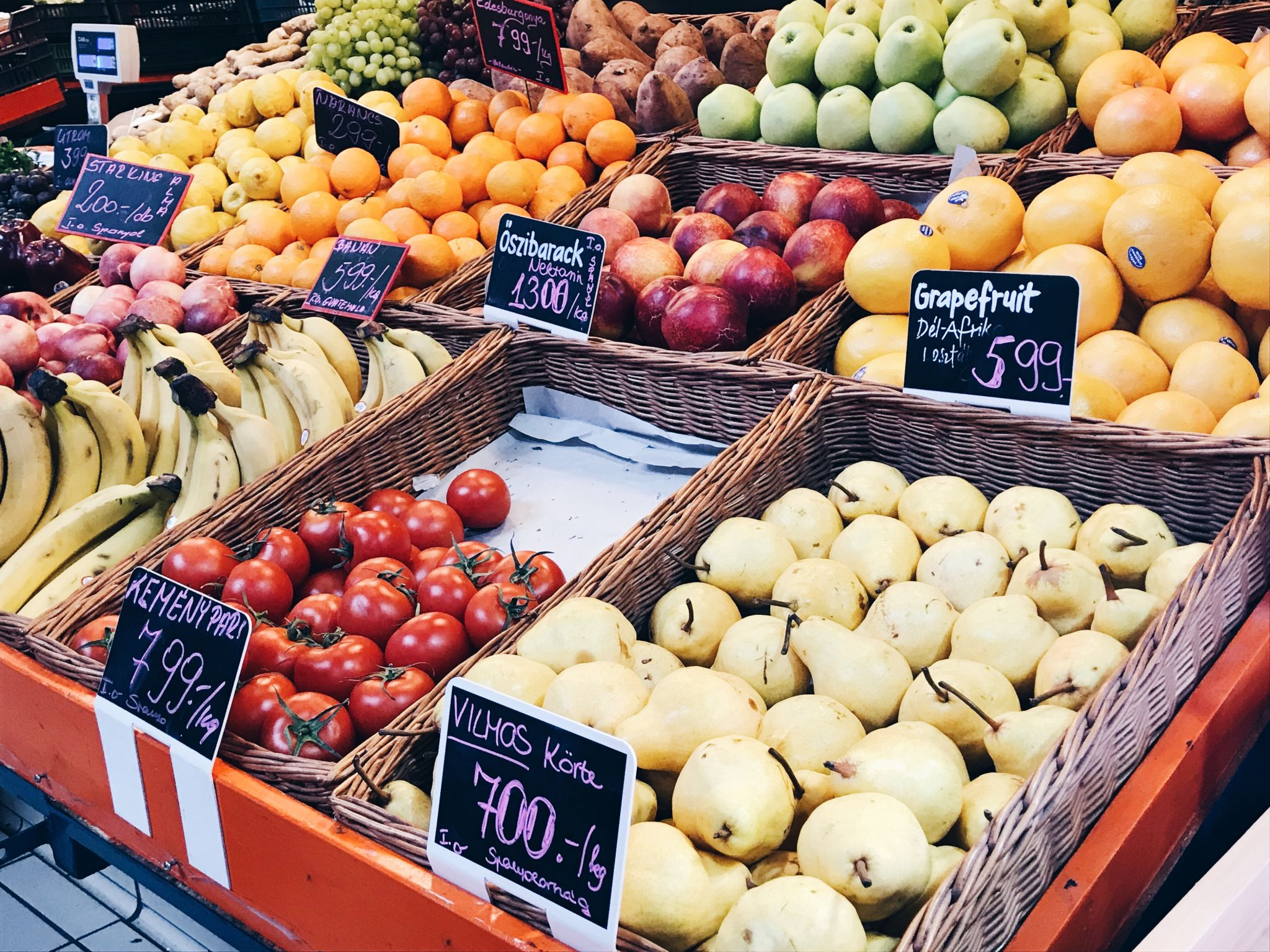 things to do in budapest - visit central market