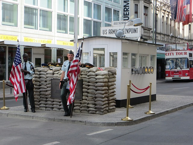 Berlin Sightseeing, Checkpoint Charlie
