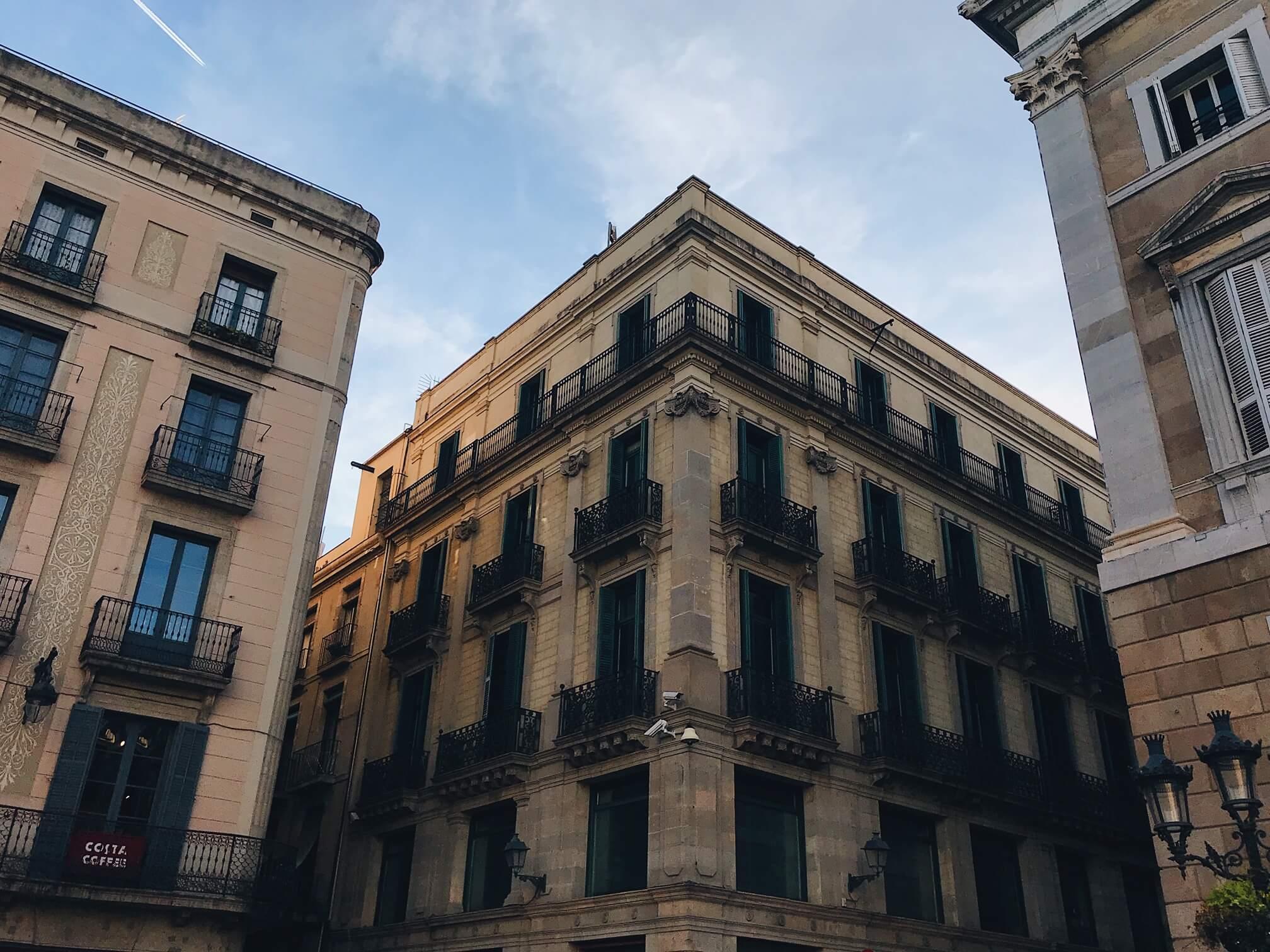 Gothic quarter Barcelona walking tour
