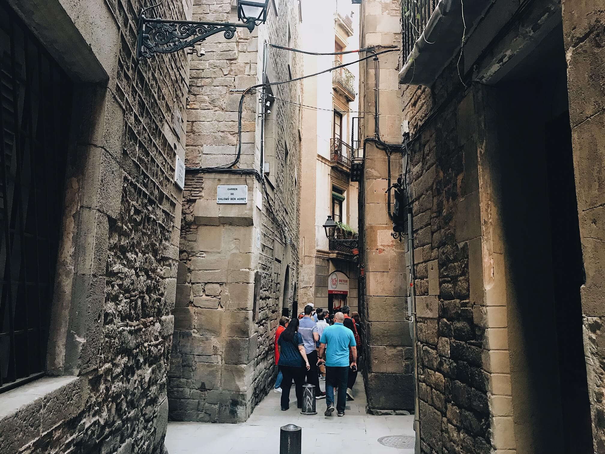 Places to visit in gothic quarter barcelona