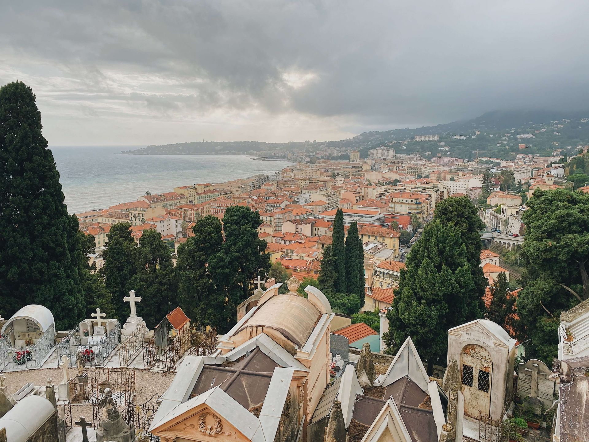 Things to do in Menton: Chateau Cemetery