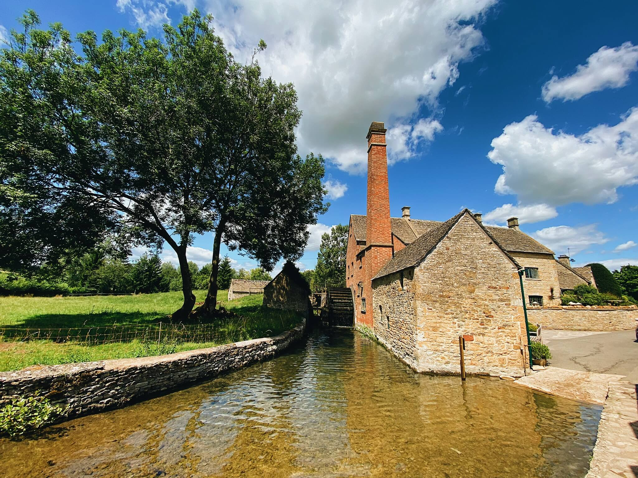 Places to visit in the cotswolds: old mill lower slaughter