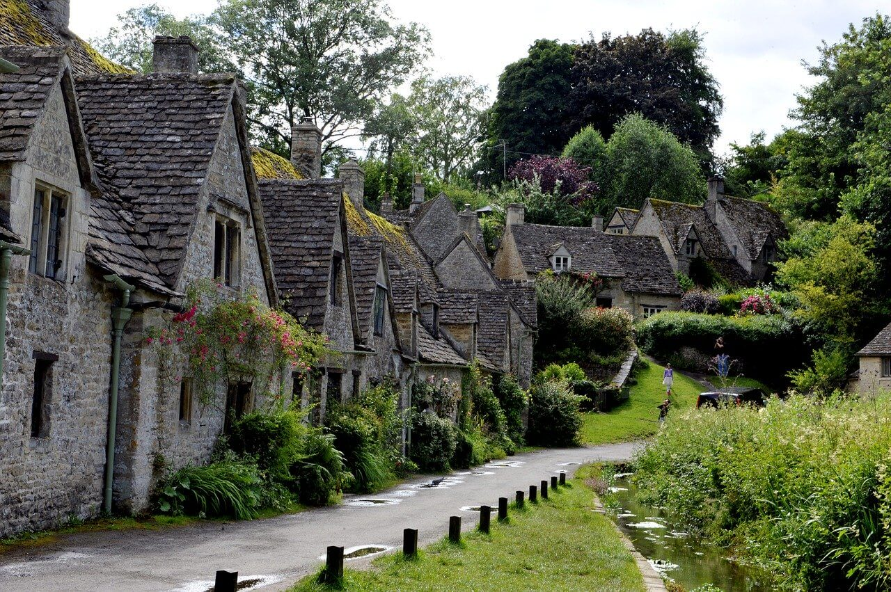 Castle Combe Prettiest villages in the Cotswolds