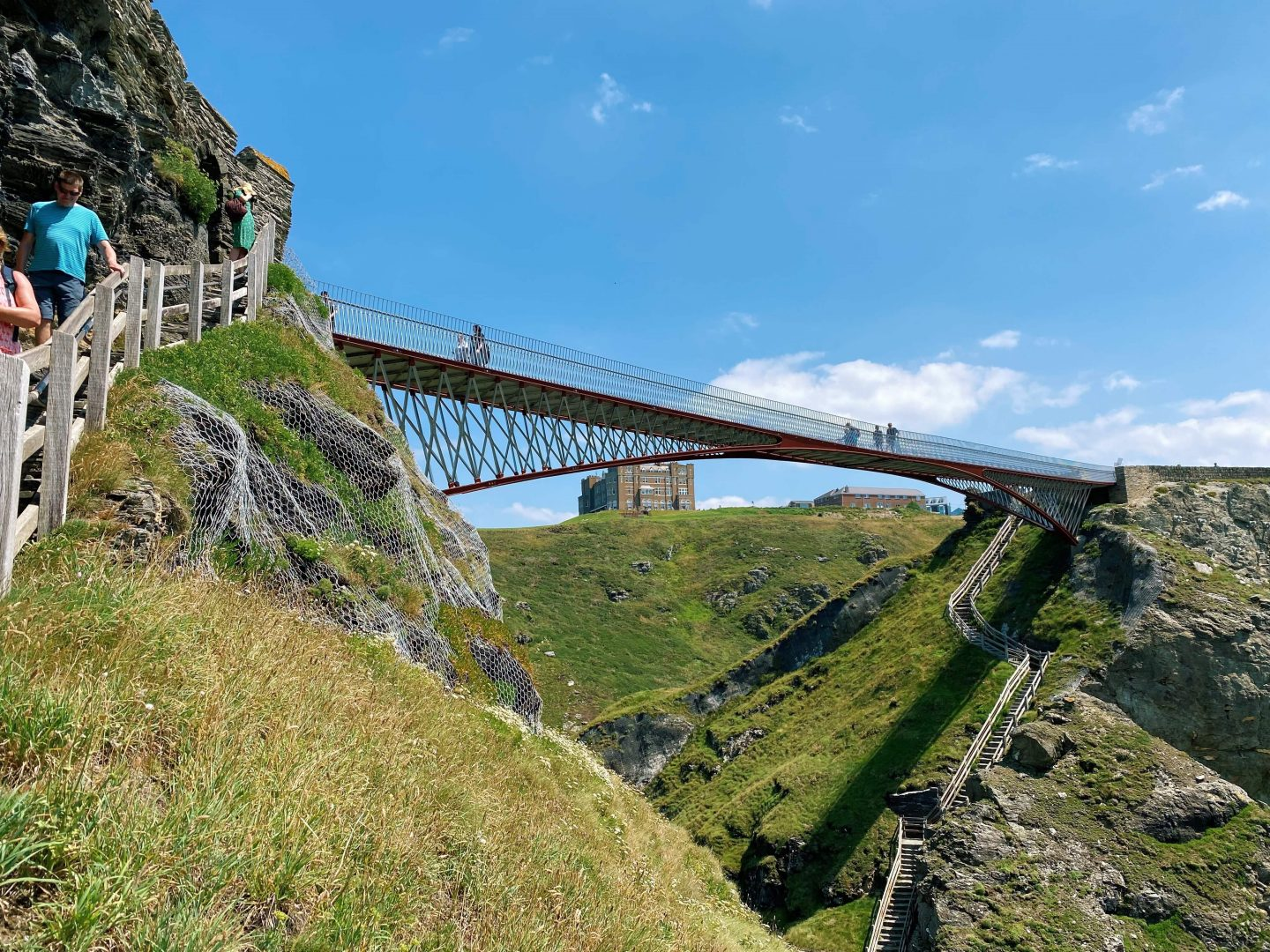 Tintagel Castle (Places to visit in Cornwall)